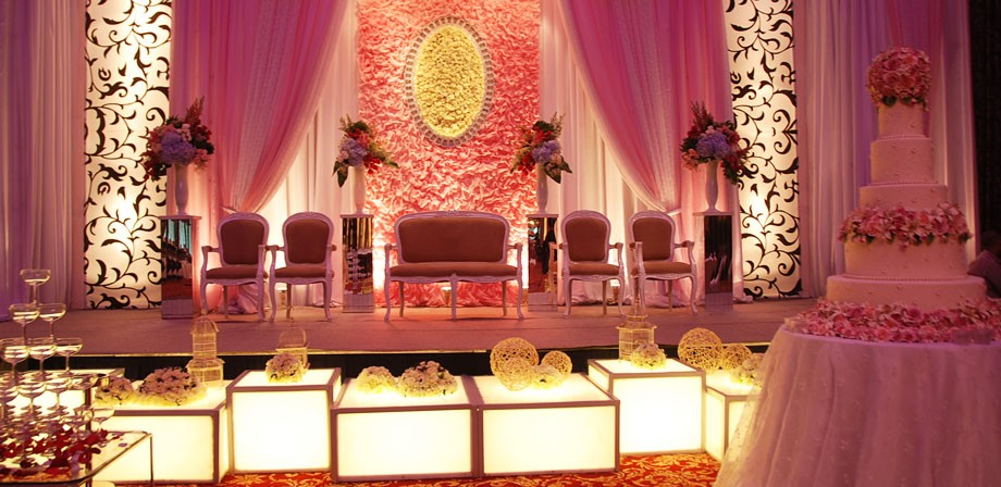 Collection wedding decor budsblooms jakarta indonesia scroll horizontally to browse junglespirit